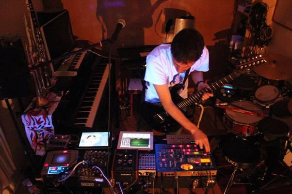 Sound-Warping Multi-Instumentalist MICHAEL FORREST to release